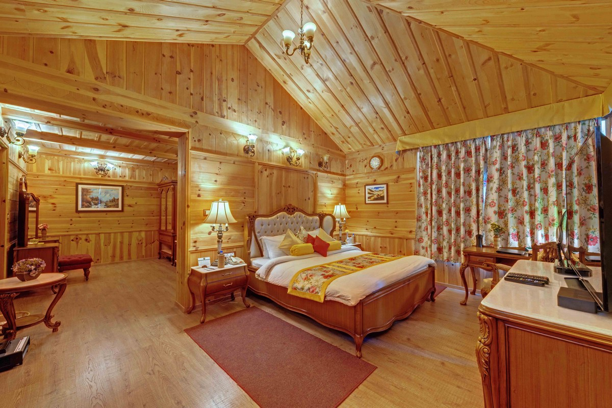 The Suite (Grand Himalayan)